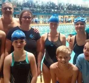 Unsere Mannschaft zum Herbstschwimmfest des Schwimmbezirkes Dresden 2015